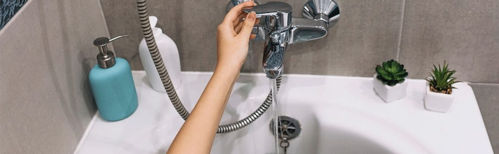 Cum-sa-ai-apa-calda-instant-la-robinet