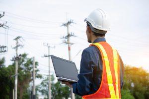 Procedura-de-racordare-la-reteaua-de-electricitate-va-fi-modificata-pentru-consumatorii-casnici