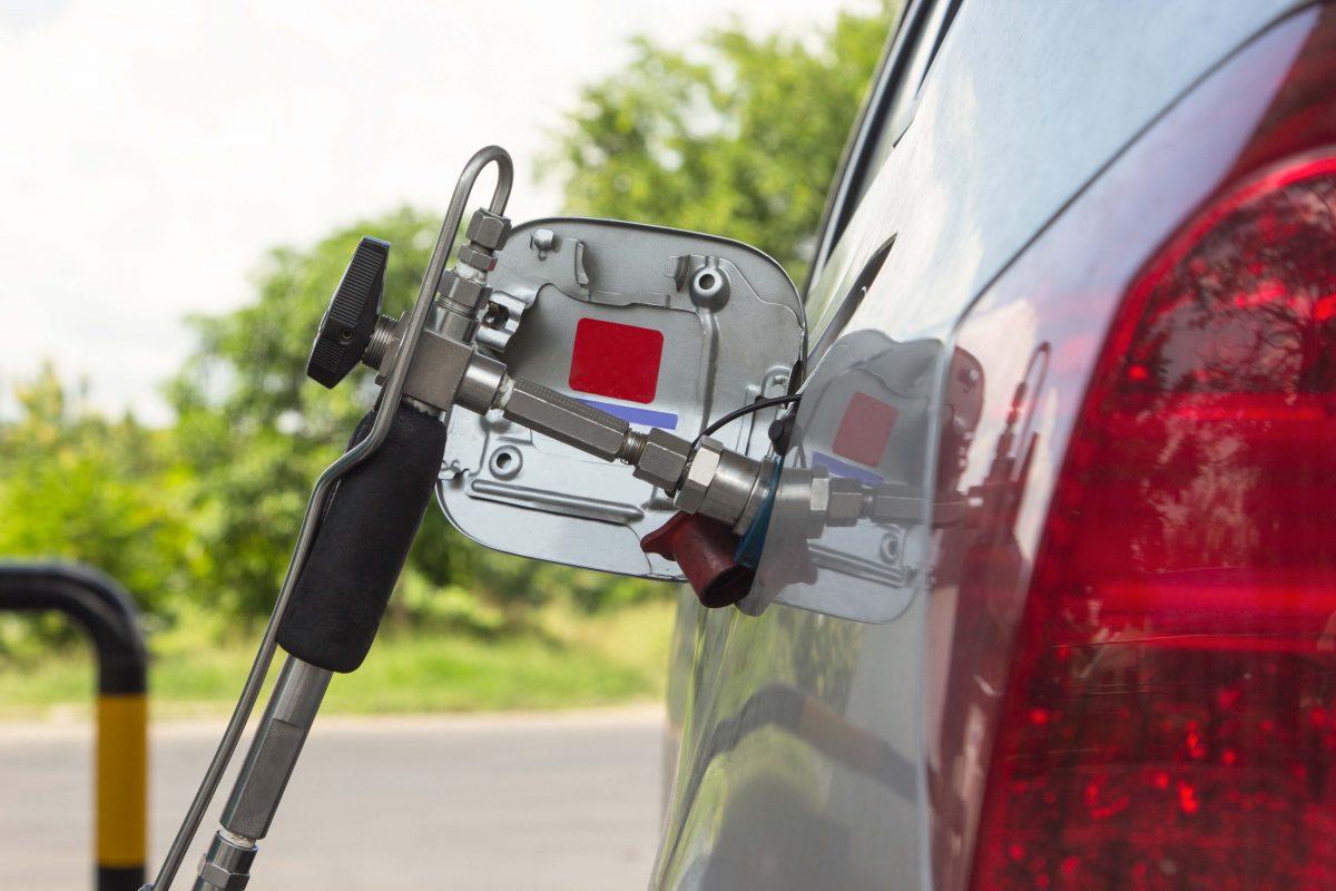 Dilema șoferului: GPL sau CNG?